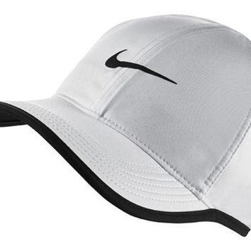New NIKE Dri-Fit Feather Light Running Tennis Hat Cap White / Black Swoosh