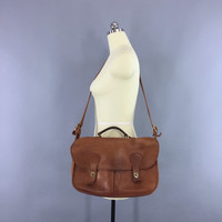 Vintage 1970s Coach Musette Bag / 70s Leather Coach Carrier / Crossbody Messenger / British Tan Leather