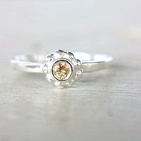 Citrine Ring Little Flower Ring Citrine Engagement Ring Petite Ring November Birthstone Ring Size 5,5 Sterling Silver Citrine Stacking Ring