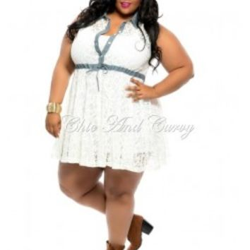 New Plus Size Denim and Ivory Lace Dress with Button Front and Collar 1x 2x 3x