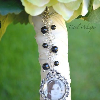 Bridal Bouquet Photo Pendant - Bouquet Picture Charm - Bridal Gift - Bouquet Charm - Wedding Bouquet Memory Charm - Bouquet Picture Charm