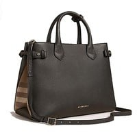 ONETOW Tote Bag Handbag Authentic Burberry The Medium Banner in Leather and House Check Black Item 39589781
