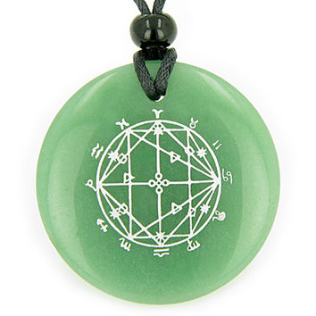 Astrological Seal Zodiac Star of David Amulet Green Quartz Magic Pendant Necklace