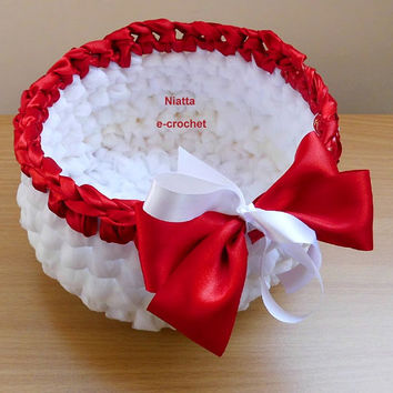 White Spa Basket Bathroom Decor Beauty Storage Reuse Upcycling Crochet Niatta