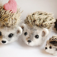 Hedgehog family felt toys, felted hedgehogs decorating, autumn gift ideas, new home gift, woodland animals, needle felting art-doll,
