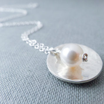 Single pearl necklace, bridal necklace, sterling silver, hammered necklace, Swarovski pearl, wedding jewellery, white and silver, gift