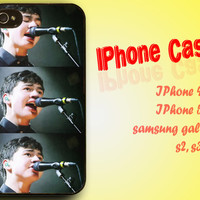 Awesome Calum Hood of 5 Seconds of Summer - iPhone 4 4 5 5s 5c - Samsung S3 i9300 S4 i9500