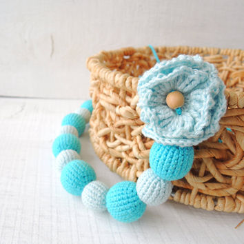 Blue flower Crochet nursing necklace Breastfeeding necklace Organic teething Sensory toy Wooden beads Eco friendly jewelry Gift for new Mom