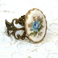 Vintage Blue Rose Ring by roomofyourown on Etsy