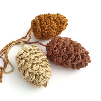 Pine Cone decorations, Fir Cones, Christmas Ornaments, Twig Tree Decorations, chocolate, golden brown, cream, russet