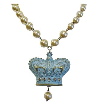 Heart of the West Handcrafted Crown Pearl Necklace