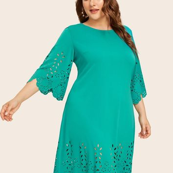 Plus Size Green Cut Out Scallop Solid Dress