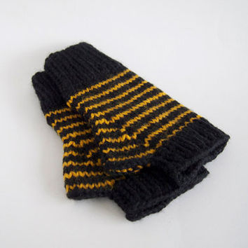knit harry potter wool free fingerless mitts-- the condyle hufflepuff wristwarmers