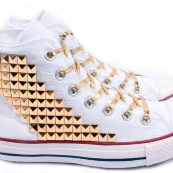 DCCKHD9 Studded Converse Gold Pyramid studs with converse White high top