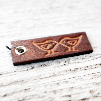 Small Leather Keychain - Kissing Birds