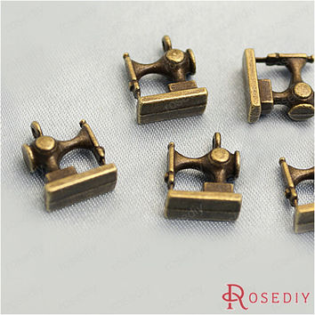 (22815-G)6PCS 12*12MM Antique Bronze Plated Zinc Alloy Bracelet Charms Sewing machine Charms Jewelry Findings