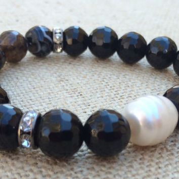 Black Faceted Beaded Bracelet, Freshwater Pearl Bracelet, Black and Pearl Bracelet, Stretch Bracelet,