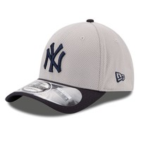 New York Yankees 39Thirty Diamond Era Reverse 2-Tone Stretch Fit MLB Baseball Cap