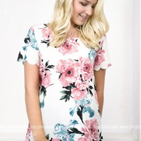 Scalloped Rosa Floral Top
