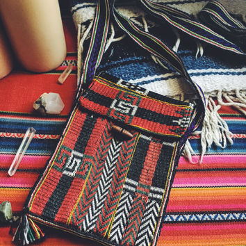 Vintage Aztec Handmade Messenger Bag. Made in Nepal. Vintage crossbody bag. Small woven tribal print purse