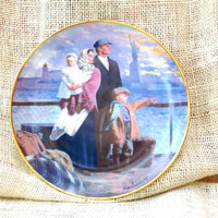 Gateway to America, The Ellis Island Plate