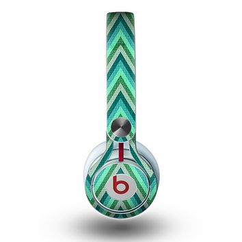 The Vibrant Green Sharp Chevron Pattern Skin for the Beats by Dre Mixr Headphones