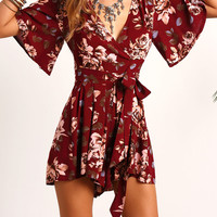 Red V Neck Floral Tie Waist Jumpsuit -SheIn(Sheinside)