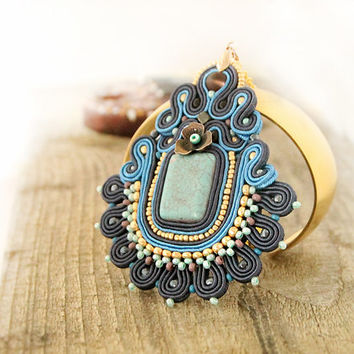 Blue soutache pendant, beaded pendant, blue embroidered pendant, women gift, blue pendant necklace, soutache jewelry, gift for her