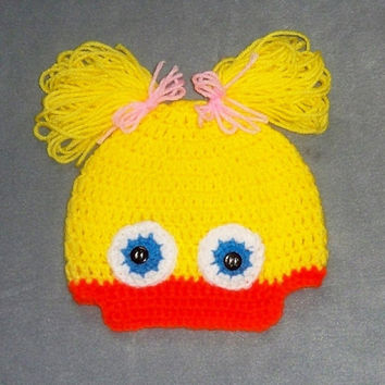 Yellow duck hat, duck hat, baby hat, crochet baby hat, baby duck hat, duckling hat. Photo Prop. Christmas or Shower Gift. Halloween costume