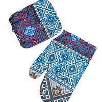 Kitchen set of mitten and a potholder. Blue