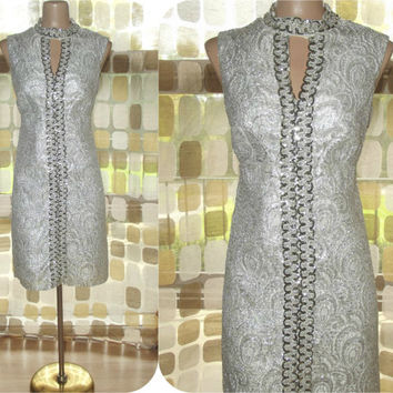 Vintage 60s Metallic Silver Brocade MOD Cocktail Dress Jackie O Cutout Keyhole Sequin Mini M/L