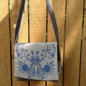 Hip Bag Cross Body Messenger Bag Dual Mandolin Folk Music Blue and Gray