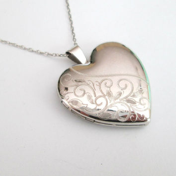 Sterling Silver Heart Locket 4 Photo 18 Inch Chain Necklace