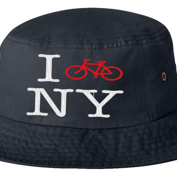 i bike in new yor bucket hat