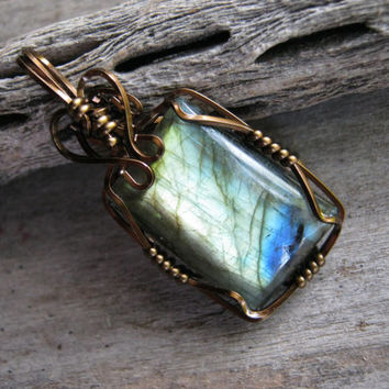 Flashy Labradorite Pendant,  Golden Blue Labradorite, Rectangle Gemstone, Antique Brass Wire Wrapped, Spectrolite Jewelry, READY To SHIP