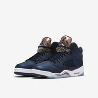 The Air Jordan 5 Retro (3.5y-7y) Big Kids' Shoe.