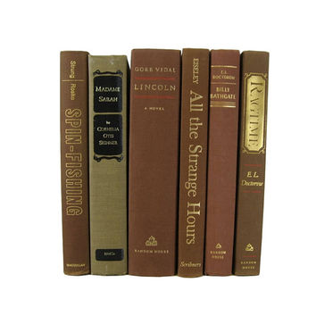 Set of Brown Books , Farmhouse Decor, Country Decor , Old  Books, Decorative Books, Wedding Centerpiece ,  Vintage Books , Instant Library