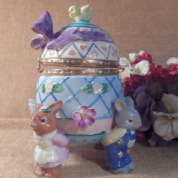 Ceramic Egg Trinket Box Whimsical Bunny Rabbits and Chick Figurine Vintage Easter Decoration Hand Painted Floral Ring Keeper