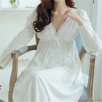 Autumn Vintage Nightgowns V-neck Ladies Dresses Princess White Sexy Sleepwear Lace Home Dress Comfortable Long Nightdress #HH13