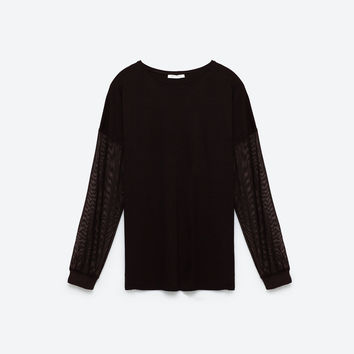 TULLE OVERSIZED CONTRAST T-SHIRT DETAILS