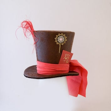 Faux Leather Mini Top Hat,Mad Hatter hat,Burlesque,Wedding,Steampunk hat,Show Girl, Bachelorette party, Cosplay, alice in wonderland