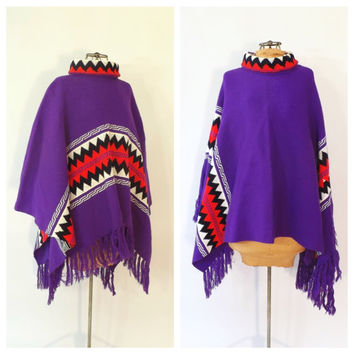 Vintage 1980s Striped Mexican Blanket Poncho Southwestern Shawl Retro Geometric Poncho Cape Fringe Cape Boho Hipster SoCal Winter Sweater