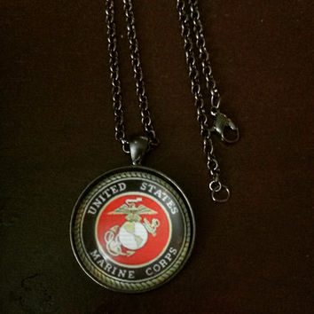 United States Marine Corps military round necklace