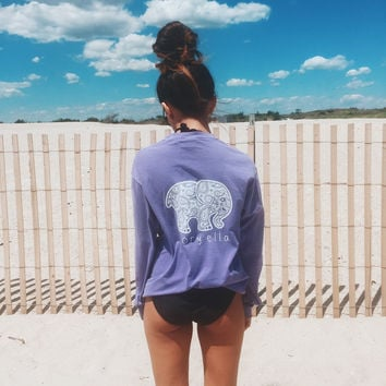 Classic Fit Lavender Paisley Tee