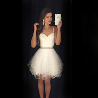 2016 New White Mini Cocktail Dresses Sweetheart Spaghetti StrapTulle Short Prom Gown Beading Cocktail Party Robe de Cocktail