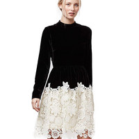 Black Long Sleeve Contrast Lace Spliced Midi Dress