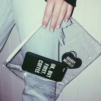 CLEAR ZIPPERED POUCH