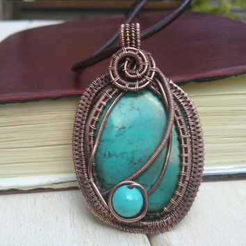 Howlite Pendant - Wire Wrapped Pendant - Wire Wrapped Jewellery Handmade - Wire Jewellery - Blue Pendant - Copper Pendant