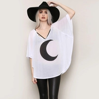 Minimal Crescent Moon Batwing Sleeve Top