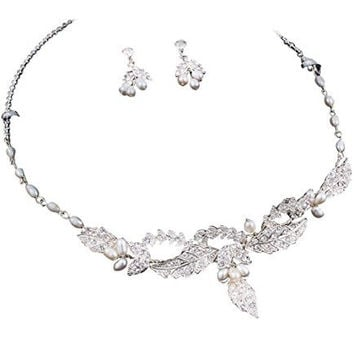 Beautiful Handmade Freshwater White Pearl Bridal necklace Set W Crystal Detail